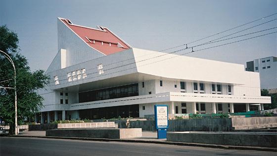 Музыкальный театр в ростове на дону цены на билеты билеты на вишневый сад в театр моссовета